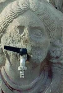 Massimo Meneghin fontane e rubinetti 1