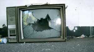 Massimo Meneghin spegnere la televisione 2