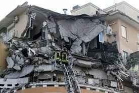 Massimo Meneghin crollo edificio da solo
